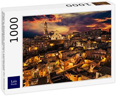 Lais Puzzle Matera Basilicata Italia Paesaggio Della Citta Vecchia Al Tramonto Sotto Un Cielo Drammatico 1000 Pezzi 0